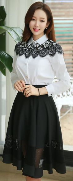 StyleOnme_Mesh Detail Knee-length Flared Skirt #classy #elegant #mesh #black #flared #skirt #koreanfashion #feminine #kfashion #kstyle #seoul #blackandwhite