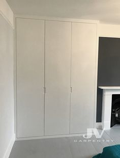 Fitted wardrobe images best for London. Bookshelves and cupboards made out of MDF. Price and pictures for wardrobes and fitted furniture