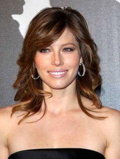 Jessica Biel Medium Wavy Hairstyles