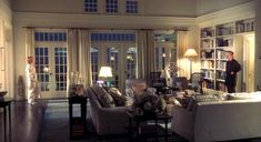 """Love the Hamptons beach house from the Diane Keaton movie """"Something's Gotta Give""""? Here's a closer look at the sets designer Beth Rubino created for it. Style At Home, Style Blog, Shingle Style Homes, Dream Beach Houses, Diane Keaton, Beach House Decor, Home Decor, Modern Country, Country Style"""