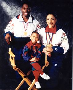 P Florence Griffith-Joyner. Pictured alongside her: Husband Al Joyner and daughter Mary Ruth Joyner. They must miss her dearly. African American History, American Women, Women In History, Black History, Flo Jo, American Athletes, Vintage Black Glamour, Sport Icon, African Diaspora