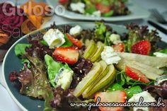 Sugestão deliciosa para o #almoço... É a Salada de Folhas Verdes com Pera, saudável, super caprichada e o melhor fácil de fazer!  #Receita aqui: http://www.gulosoesaudavel.com.br/2012/12/03/salada-folhas-verdes-pera/
