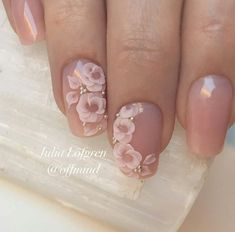 Cute and easy floral nail arts design (15)
