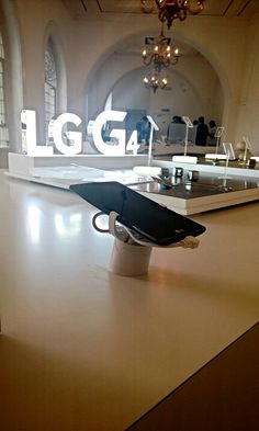 The LG G4 Launch in the UK. The new smartphone is perfectly presented and secured by RTF's alarm and charge retail display management system, Vise4