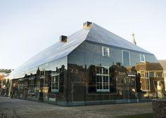 Achter deze glazen boerderij in Schijndel schuilt een bijzonder verhaal - Roomed