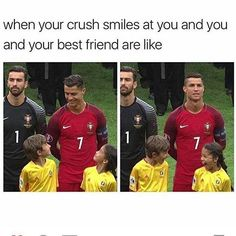 I'm not Ronaldo fans, but the two kids is just so cute.<< I'd do the same thing if Ronaldo smiled at me too tbh. Funny Shit, Funny Cute, Funny Posts, The Funny, Funny Memes, Funny Soccer Memes, Super Funny, Funny Stuff, Sports Memes