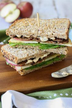 Smoky tempeh apple and arugula sandwich