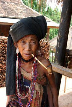 Akhu tribal woman in the village of Wansai, Shan state, Myanmar (Burma) | Flickr - Photo Sharing!