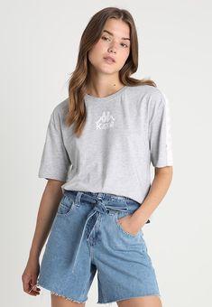 Kappa TEET - T-shirts print - grey - Zalando. Kappa, Summer Vibes, Printed Shirts, Fashion Accessories, Hair Styles, T Shirt, Closet, Inspiration, Outfits