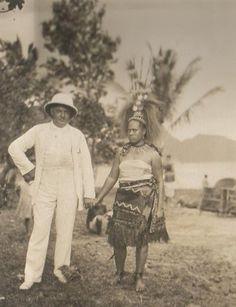 Samoan lady with traditional headdress dress, 1920s