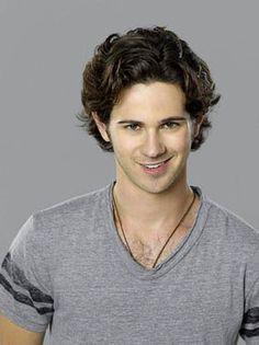 Connor Paolo (Declan Porter)