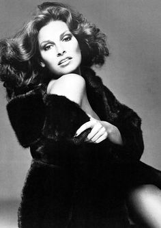 Raquel Welch by R. Avedon