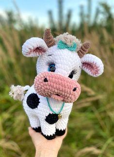 One Skein Crochet, Crochet Cow, Crochet Amigurumi Free Patterns, Crotchet Patterns, Crochet Geek, Crochet Animals, Selling Crochet, Cow Pattern, Stuffed Animal Patterns