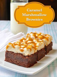 Few cookie bars are more indulgent than these Caramel Marshmallow Brownies. So ooey gooey good, they would make fantastic bases for ice cream sundaes too.( I might swap the store bought caramels for homemade caramel. Just Desserts, Delicious Desserts, Dessert Recipes, Yummy Food, Sweet Desserts, Dessert Bars, Fun Food, Rock Recipes, Yummy Recipes