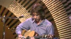 Gordon Lightfoot - Sundown 1974: https://youtu.be/jbMEb1T8CN0
