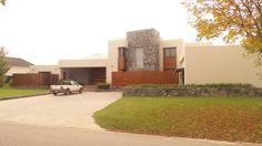 Pinasco Arquitectos - Casa estilo racionalista - PortaldeArquitectos.com