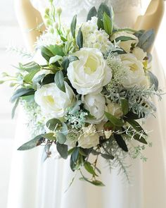There's no doubt that flowers are always gorgeous for wedding decorations. But having greenery wedding bouquets seem to be more unique and one of a kind. Small Wedding Bouquets, Rose Wedding Bouquet, Bride Bouquets, Bridal Flowers, Bridesmaid Bouquet, Floral Bouquets, Floral Wedding, Wedding Colors, Anemone Bouquet