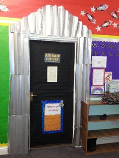 A super World War 2 Air Raid Shelter classroom door photo contribution. Great ideas for your classroom! Year 6 Classroom, Classroom Display Boards, Display Boards For School, Ks2 Classroom, Classroom Organisation, History Classroom, Teaching History, Classroom Displays, Classroom Decor