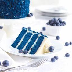 Blue Velvet Cake Blue Velvet Cakes, Red Velvet, Velvet Cupcakes, Cinnamon Pop Tart, Macaron Ice Cream Sandwich, Mugcake Recipe, Purple Food Coloring, Flat Cakes, Spiced Coffee