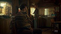 """Fargo 2x08 """"Loplop"""" - Dodd Gerhardt (Jeffrey Donovan) & Peggy Blumquist (Kirsten Dunst)"""