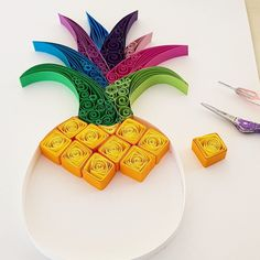 Quilled Paper Art: Pineap - Quilling Deco Home Trends Paper Quilling Flowers, Paper Quilling Patterns, Paper Quilling Jewelry, Origami And Quilling, Quilled Paper Art, 3d Quilling, Quilling Paper Craft, Paper Crafting, Quilling Ideas