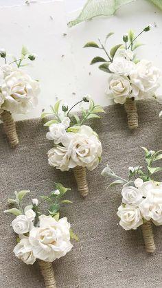 Small Wedding Bouquets, Winter Wedding Flowers, Diy Wedding Bouquet, Rustic Wedding Flowers, Woodland Wedding, Bridal Flowers, Floral Wedding, Flowers For Bridesmaids, Diy Wedding Flower Arrangements