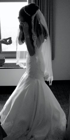 Love the veil! And the dress! It would look good since I'm short and wouldn't eat me!
