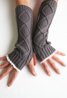 Hey, I found this really awesome Etsy listing at https://www.etsy.com/listing/112969045/dark-grey-knit-arm-warmers-fingerless