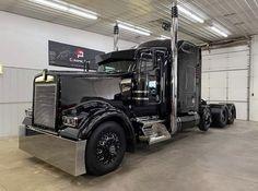 Heavy Duty Trucks, Big Rig Trucks, Heavy Truck, Semi Trucks, Cool Trucks, 6x6 Truck, Pickup Trucks, Custom Big Rigs, Custom Trucks