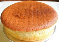 Basic sponge cake is one of my favorite types of cakes. I don't have a huge sweet tooth and plain sponge cake recipes are perfect for me. They are sweet without being too sweet. I love to eat plain sponge cake- no filling, no frosting, no powdered. Just Desserts, Delicious Desserts, Dessert Recipes, Cooker Cake, Trini Food, Sponge Cake Recipes, Trinidad Sponge Cake Recipe, Light Sponge Cake Recipe, Egg Cake