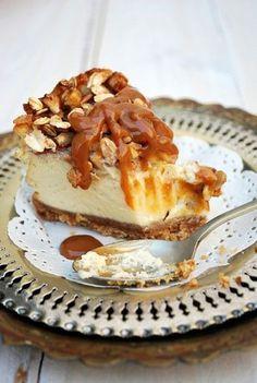 Tarta de queso con nueces y manzana