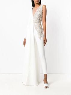 9 Chic Wedding Jumpsuits That Will Make You Rethink Your Wedding Dress loulou wedding jumpsuit How To Dress For A Wedding, Unconventional Wedding Dress, Wedding Pantsuit, Wedding Suits, Chic Wedding, Evening Dresses, Prom Dresses, Formal Dresses, Wedding Dresses