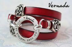 Vernada Design -kieputettava nahkakäsikoru, UNELMOI. USKO. TAISTELE. USKALLA., punainen, ruusu. #Vernada #jewelry #bracelet #wraparound #leather #suomestakäsin #finnishdesign
