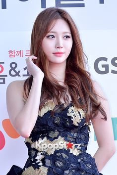 Girl's Day Yura at Cable TV Broadcast Awards Red Carpet Kpop Girl Groups, Korean Girl Groups, Kpop Girls, Cute Asian Girls, Cute Girls, Pretty Girls, Kim Ah Young, Girl's Day Yura, Girl Sday