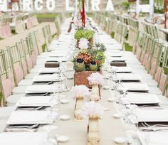 Table Decor Tip: Family Style Tables: Photo by MangoRed via Bridal Musings #tablesetting #tablescape #wedding #decor #ideas #details