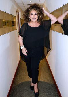 Marianne James (18 février 1962) Chanteuse lyrique, auteur-compositeur-interprète et animatrice TV  Née à Montélimar
