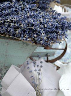 marys lakeside lavender table~