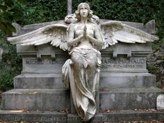 Angel in Savannah