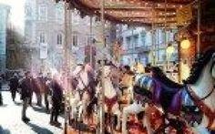 Natale e divertimento. Scivoli, Villaggi di Natale e ruote panoramiche Le tendenze del divertimento di Natale 2015,tra ruote panoramiche, scivoli, villaggi di Natale e case di Babbo Natale. Alle giostre a cavalli si affiancano queste nuove forme di divertimento. Nei cen