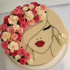 cake decorating videos The most beautiful cake you have ever seen is this floral face cake! Fancy Cakes, Cute Cakes, Pretty Cakes, Beautiful Cakes, Yummy Cakes, Cake Icing, Buttercream Cake, Fondant Cakes, Cupcake Cakes