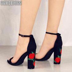 5d08038dc94 Click Y Cómpralo: Kompritas.com - Zapatos de gamuza 2019 sandalias de Mujer  bordadas Sandalias de tacón alto de Mujer Zapatos de fiesta de flores  étnicas de ...