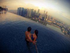 Infinite pool at Marina bay sands