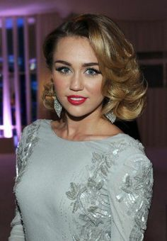 Retro hair - Miley Cyrus