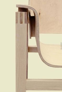 Chair All wood joints - amazingly beautiful Design Furniture, Plywood Furniture, Chair Design, Joinery Details, Wood Joints, Built In Bookcase, Wood Detail, Easy Woodworking Projects, Furniture Inspiration