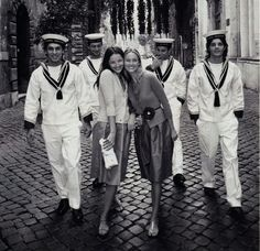 like the contrast of the white sailor's suits