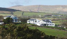 Isle of Man: 3 Kinder, 3 Häuser #design #Hausbau #individual #weberhaus