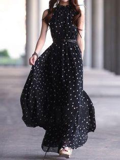 Polka dot long maxi dress fashion- one of the few maxi style dresses that I like Fashion Mode, Womens Fashion, Trendy Fashion, Gypsy Fashion, Street Fashion, Fashion Black, Fashion Vintage, Fashion Spring, Fashion News