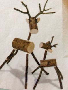 how to make a reindeer out of logs