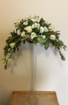 Our society promotes Floral Art and 'Friendship Through Flowers' in Perth, Western Australia. We welcome you to join our friendly society. Church Flower Arrangements, Floral Arrangements, Concrete Garden Ornaments, Flower Chart, Arte Floral, Kirchen, Wedding Flowers, Plants