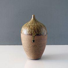 20-332-large-narrow-neck-studio-pottery-vase Ceramic Decor, Pottery Vase, Earthenware, York, Ceramics, Contemporary, Studio, Ceramica, Pottery